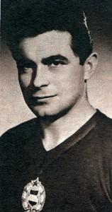 Dr. Fenyvesi Máté