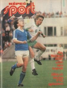 Felvételünkön (Almási László felvétele) az összecsapás egyik legjobb embere, Murai, aki mindhárom hazai gólban tevékenyen részt vállalt (egyet lőtt, kettőt előkészített), Kanásszal harcol a labdáért. Ferencváros-ZTE 3-0.