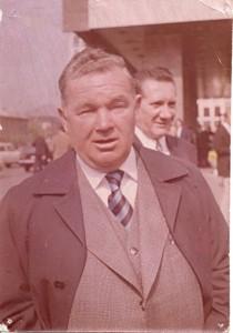 Dr. Lakat Károly