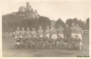 Guggolnak (balról): Rudas, Deák, Kéri, Kispéter, Szabó, Hernádi, Ónody II., Kiss Gy, Kocsis, Mindszenti, Lakat