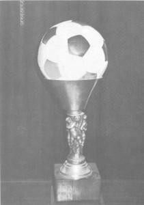 Első válogatottságának labdája a Toldi serlegben pihen
