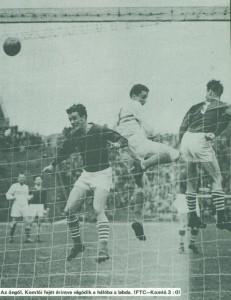 """Albert tulajdonképpen mesterhármast szerzett, hiszen a harmadik gólnál is """"hálóközelben"""" volt: egy baloldali szöglet után Albert fejelt kapura, a gólvonalon álló Komlói menteni akart, azonban fejéről a bal felső sarokba került a labda, 3:0."""