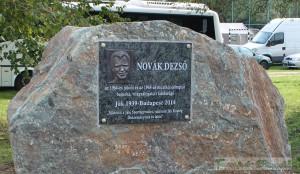 20140906-novak-emlektabla
