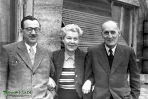 (balról-jobbra): Schwing János, Pataki Mihályné (szül: Flodung Katalin), Pataki Mihály