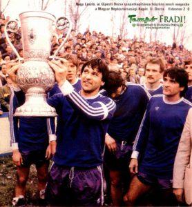 Labdarugas-1982-04-0001